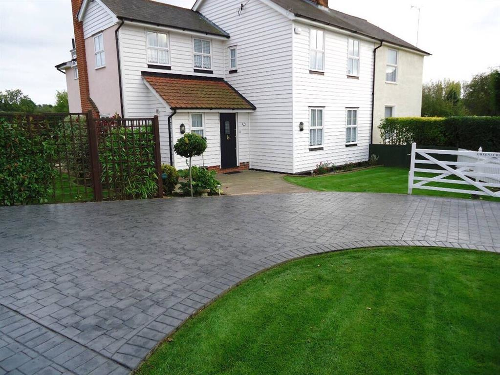 approved contractors for pattern imprinted concrete driveways in newcastle